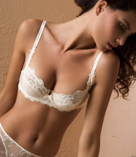Фото девушек - Sexy bra for a beautiful girl 152