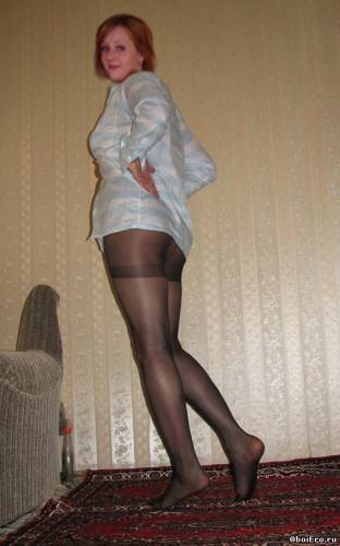 Фото девушек - Sexy_girl_ in_a_pantyhose_4